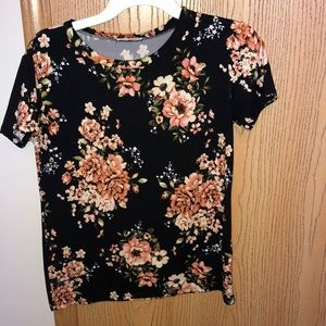 Floral Tee Size Small